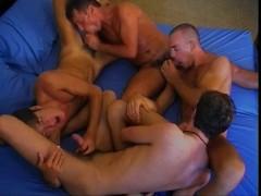 Orgia gay tra italiani